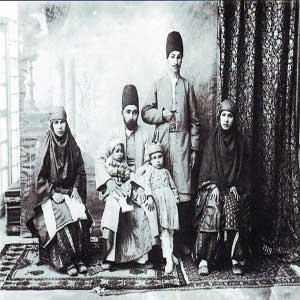 تصویر یک خانواده دوران قاجار