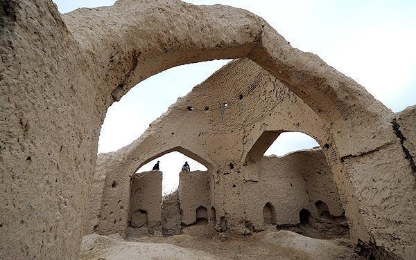 عکس/مولانا در این مکان درس می خواند !