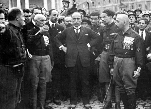 تصاویری از دیکتاتور فاشیست موسیلینی