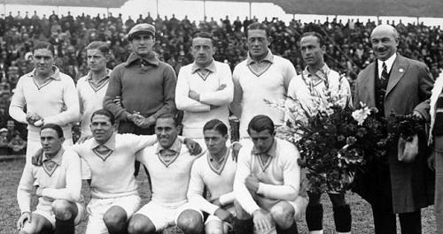 عکس/اولین گل تاریخ جام جهانی