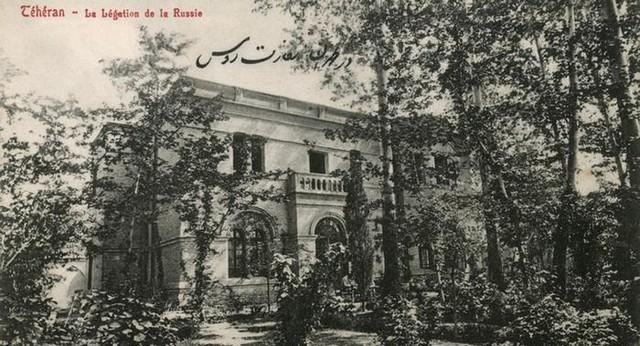 عکس/سفارت روسیه در تهران. تاریخ ۱۹۱۰ میلادی.