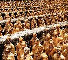 پاسداران معبد سلطنتی در چین باستان