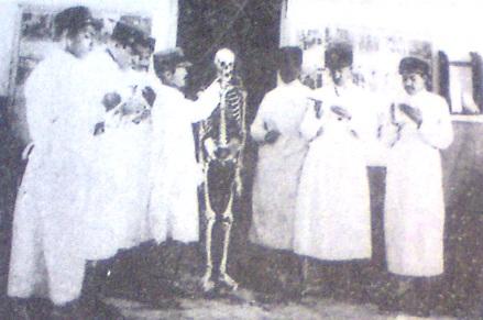 عکس/دانشجویان پزشکی دوره پهلوی اول