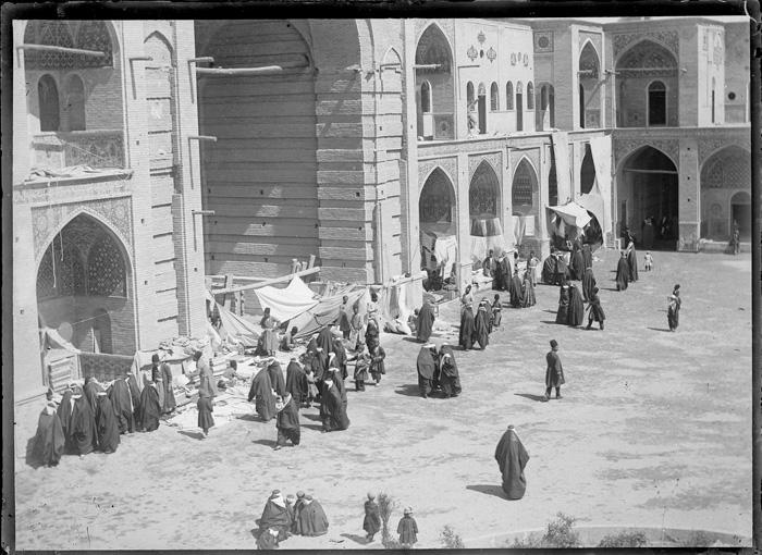 عکس/بازار مسجد سپهسالار دوره قاجار