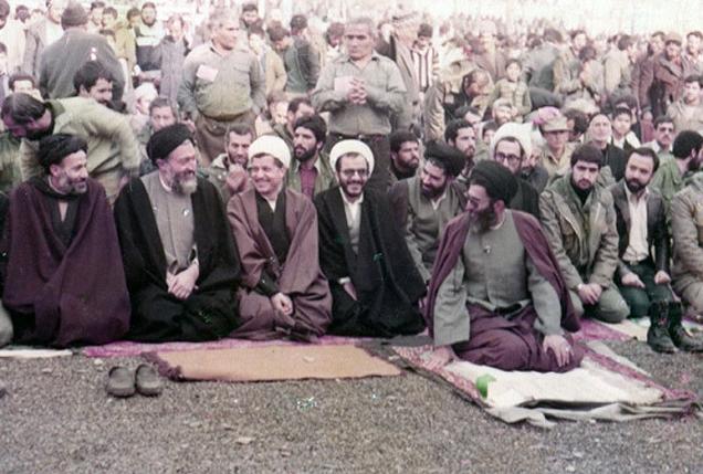 عکس/نماز رهبران حزب جمهوری اسلامی