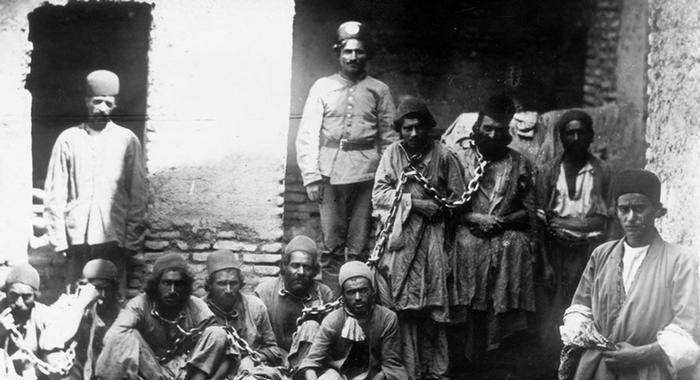 عکس/زندانیان و زندانبانان قدیم