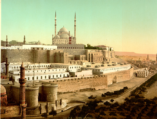 قلعه ی صلاح الدین گنبدی مملو از باد