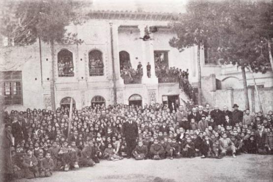 فعالیت مدارس فرانسوی در ایران