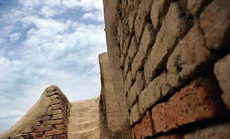 دیوار گرگان سومین دیوار تاریخی جهان/ عکس
