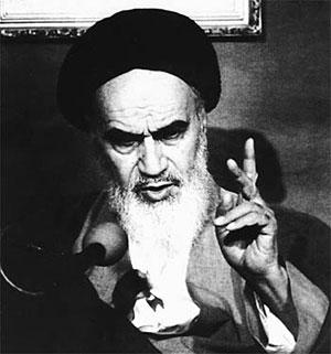 بازخوانی رفتار امام در رهبری جامعه