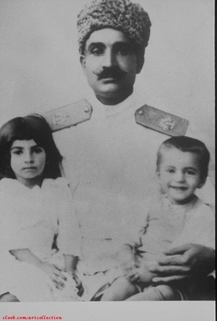 دیکتاتور پهلوی و فرزندانش/عکس