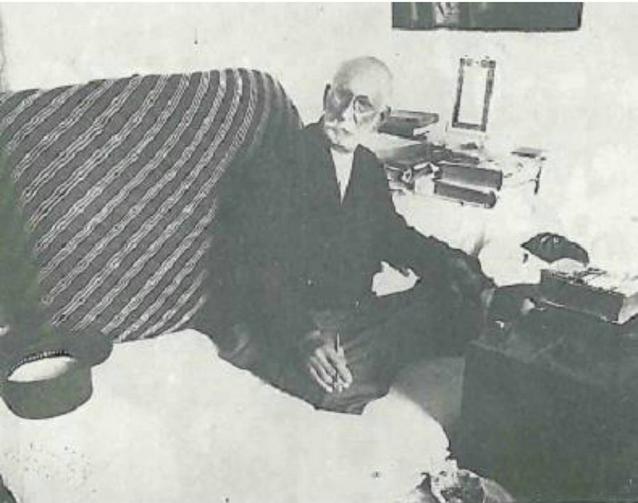 یکی از آخرین تصاویر استاد کمال الملک