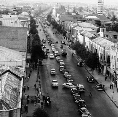 قانون عجیب راهنمایی و رانندگی در ایران/عکس