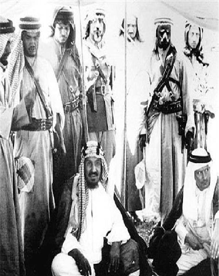 تصرف 50 نفره حجاز توسط سعودی ها + عکس