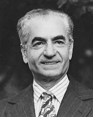 نگاهی به تعاملات تسلیحاتی محمدرضا پهلوی و غرب