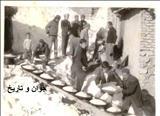 پخت غذای نذری محرم در دهه چهل/عکس