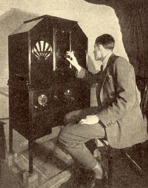 اولین تلویزیون جهان/عکس