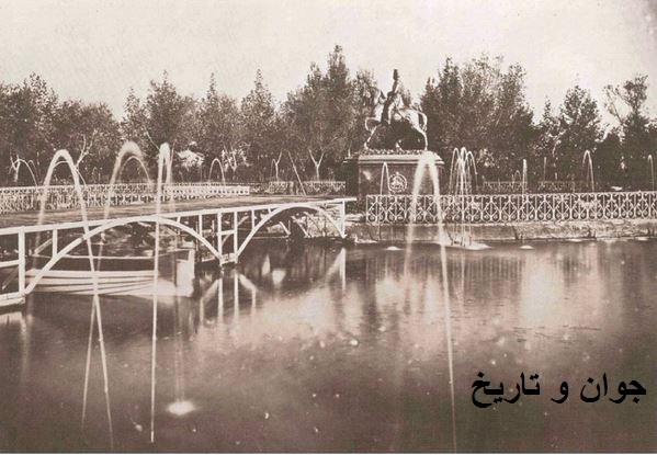 مجسمه ناصرالدین شاه در باغشاه/عکس