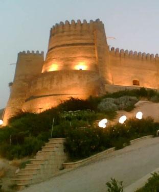 آشنایی با قلعه فلک الافلاک