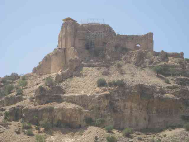 قلعه دختر فیروزآباد + عکس