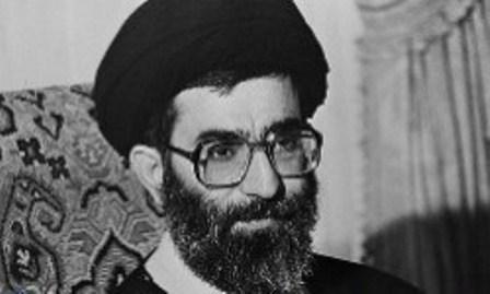 ماجرای پژو ۴۰۴ دو دَر رهبر انقلاب