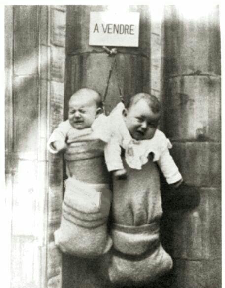 حراج نوزادان در ایتالیا + عکس