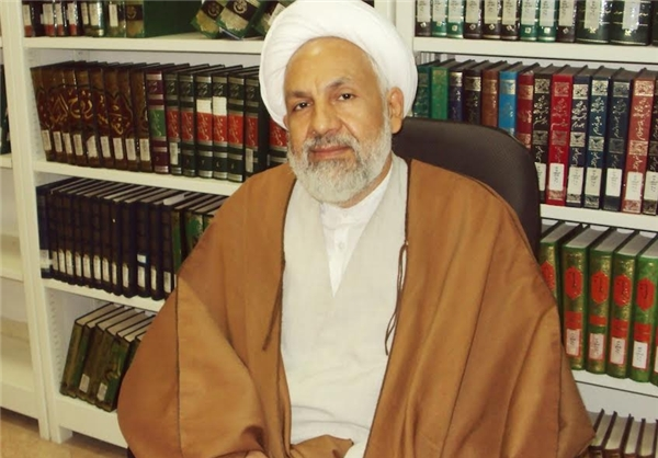 واژه «جمهوری اسلامی» نخستین بار توسط میرزا مطرح شد