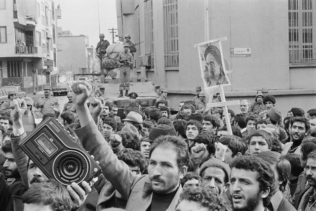 راهپیمایی تاریخی مردم در تاسوعا و عاشورای 57