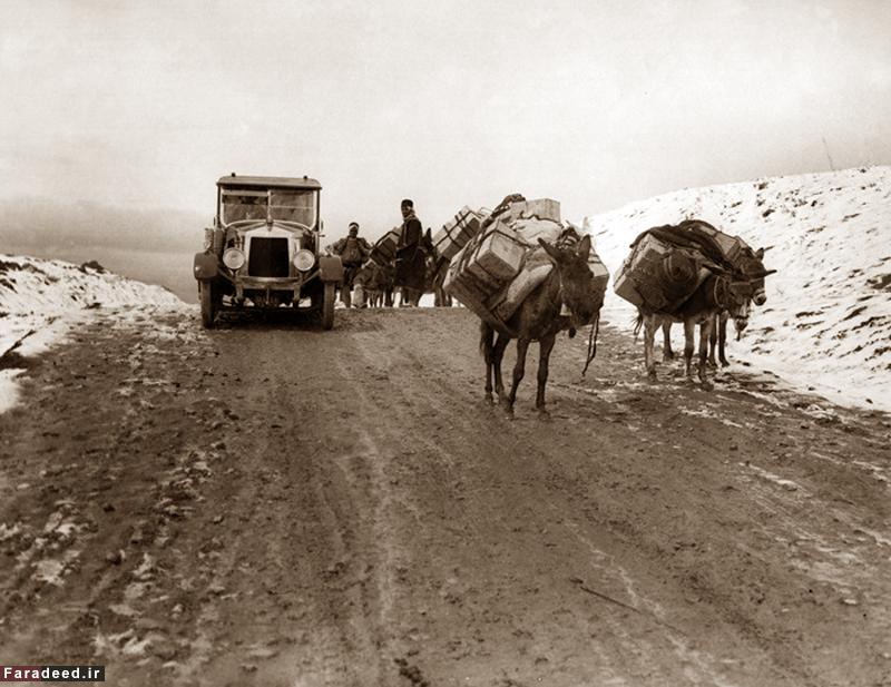 گرفتاری توریستها در برف جاده قزوین