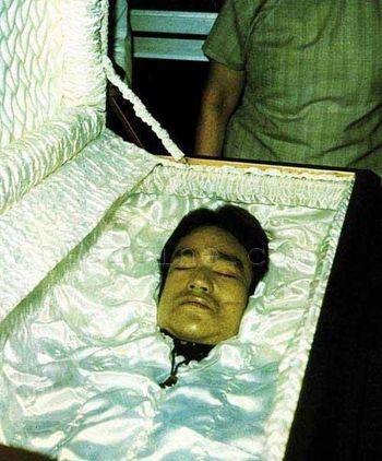 جنازه بروس لی! +عکس