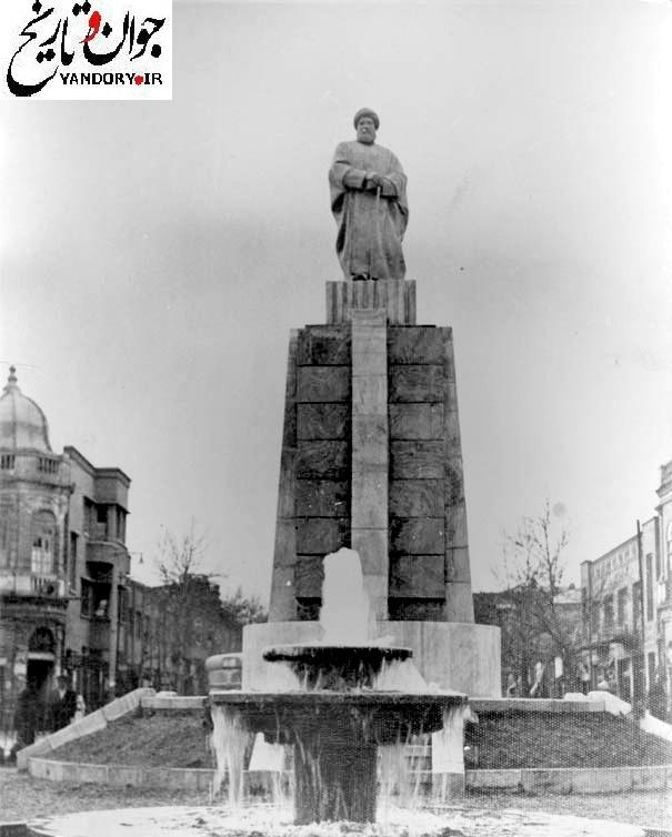 میدان حسن آباد تهران در دهه 20/عکس
