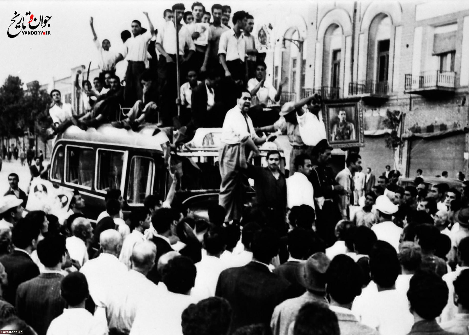 تفرقه در جبهه ملی زمینهساز کودتا