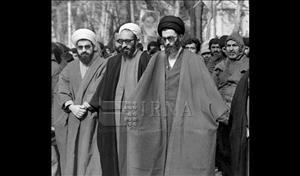 اولین نماز جمعه انقلاب اسلامی