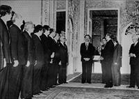 بختیار؛ نخست وزیر بی جلال و جبروت پهلوی