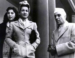 دیدار رسمی اشرف پهلوی با جواهر لعل نهرو