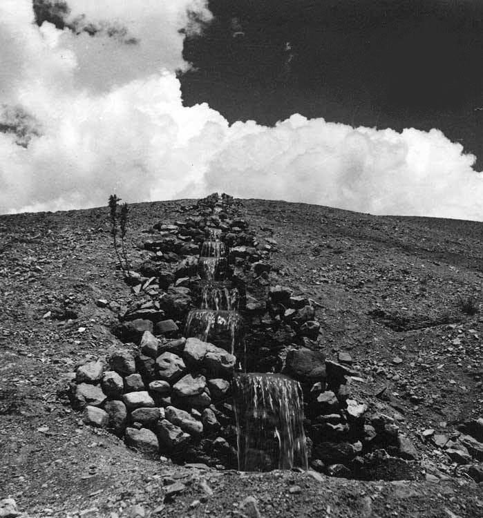 عکس/ آبشار دست ساز در عهد قجر