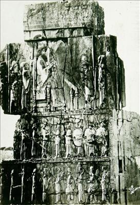 تصاویری از تخت جمشید در دوران قاجاریه