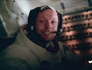 تصاویری از اولین سفر انسان به کره ماه (آلبوم دوم)