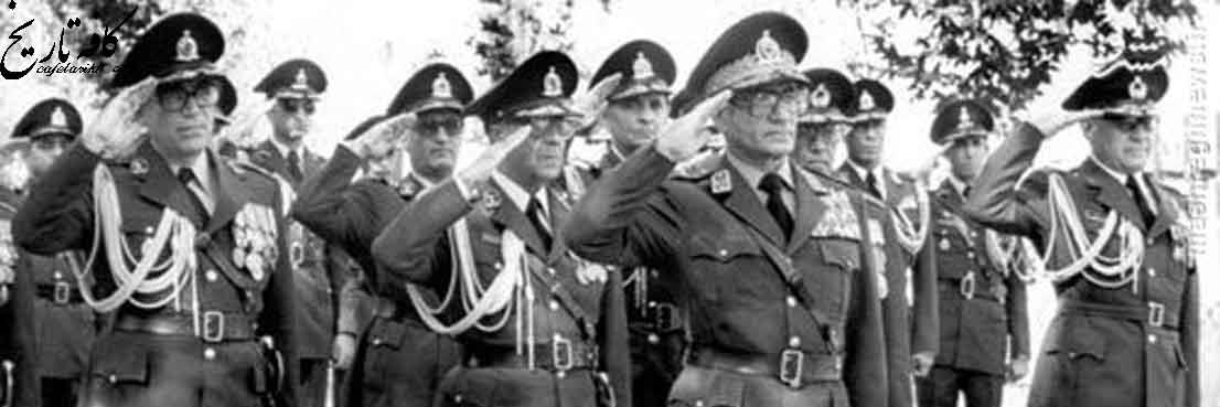سازوکارهای نظارت و کنترل ارتش توسط پهلوی دوم
