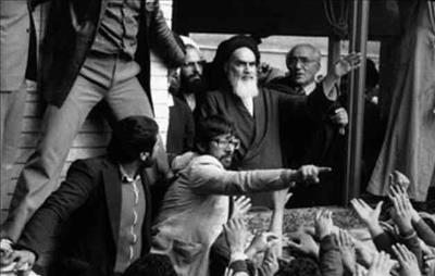 مدرسه رفاه؛ کانون رویدادهای مهم انقلاب