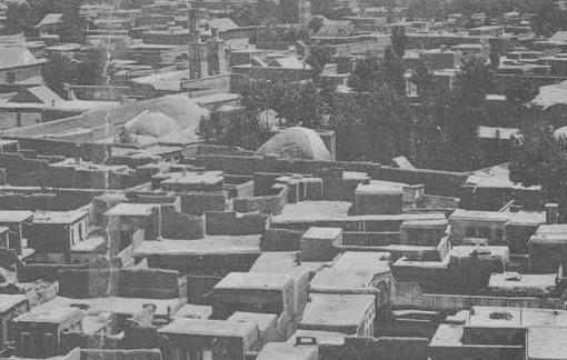 دروازه قدیم دولت از طرف خیابان باب همایون