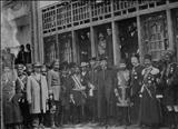 نمایندگان دولتی در مراسمی رسمی