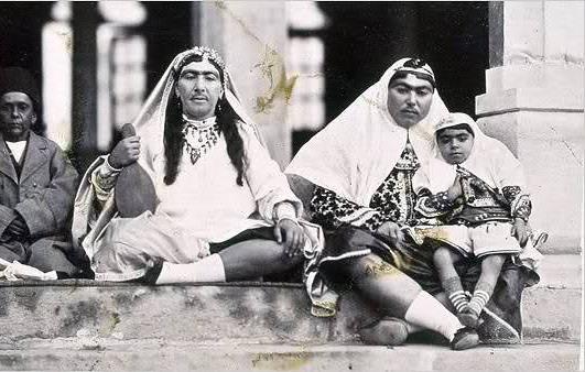 اساسنامه کانون خانوادگی قاجار