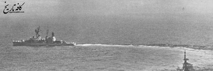 گوشه ای از مانور نیروی دریایی ایران در آبهای خلیج فارس