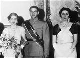 ورود ملکه نازلی مادر فوزیه به ایران