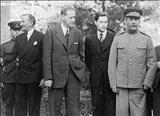 تصویری از جولان دیپلماتهای متفقین در کاخ سعد آباد در ایام اشغال ایران