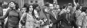 پوشاک دختران در اوایل تشکیل سلطنت پهلوی