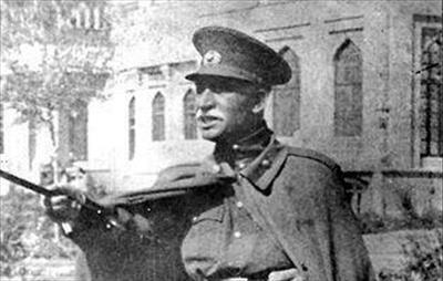 عاقبت روزنامه نگار سوگلی رضاخان
