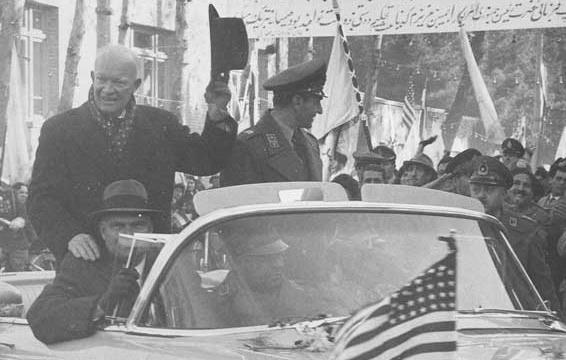 دکترین آیزنهاور، خوشبینی ملیگرایان ایرانی