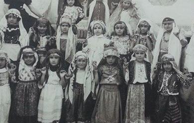 کودکان تحت پوشش یک دارلایتام